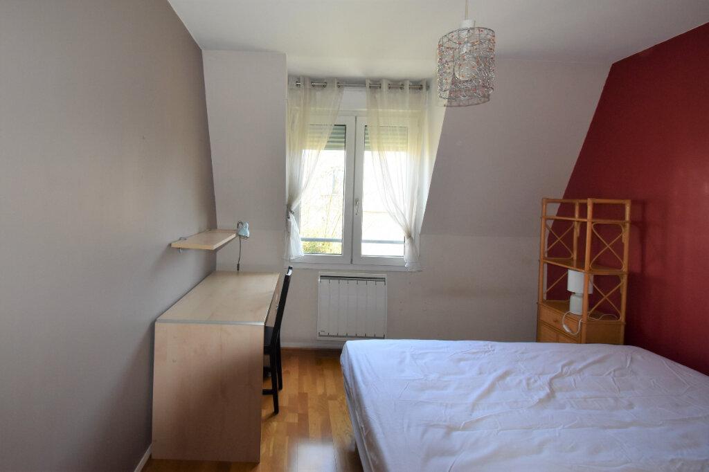 Appartement à louer 4 105m2 à Lyon 8 vignette-12