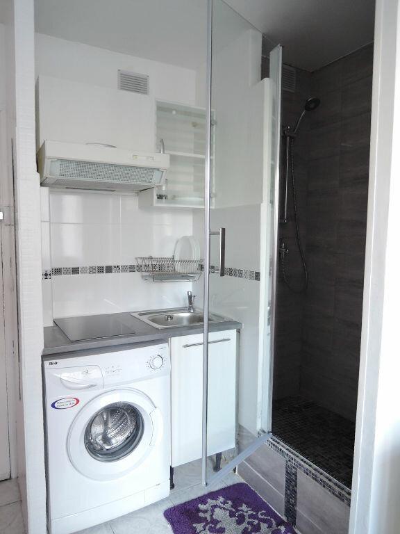 Appartement à louer 1 12.4m2 à Paris 20 vignette-5