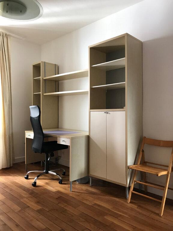Appartement à louer 1 29.84m2 à Paris 20 vignette-3