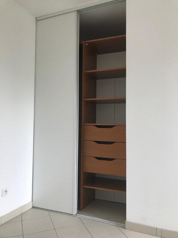 Appartement à louer 2 35m2 à Paris 20 vignette-4