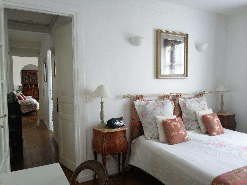 Appartement à vendre 4 69m2 à Paris 20 vignette-4