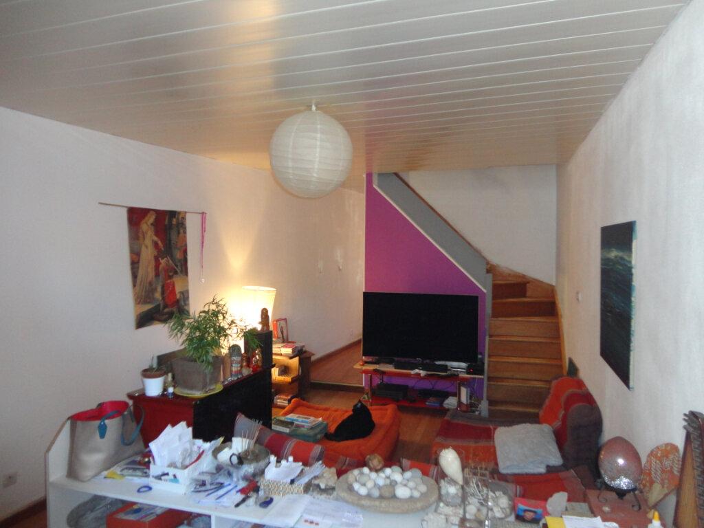 Appartement à vendre 4 62.5m2 à Rumilly vignette-3