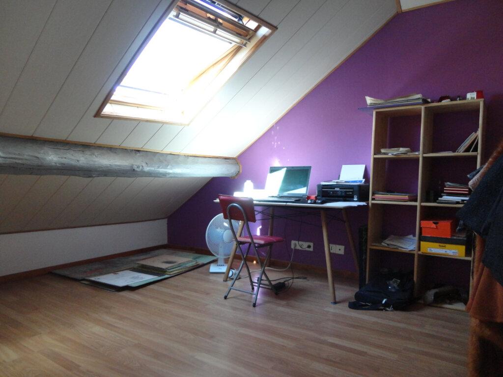Appartement à vendre 4 62.5m2 à Rumilly vignette-8