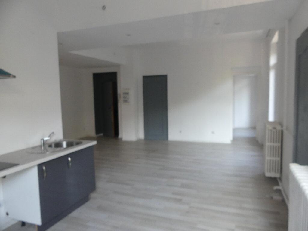Appartement à vendre 4 85.57m2 à Aix-les-Bains vignette-3