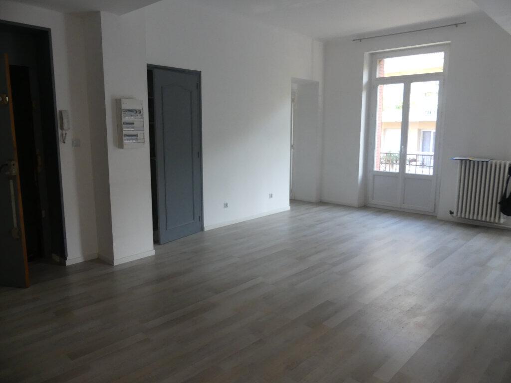 Appartement à vendre 4 85.57m2 à Aix-les-Bains vignette-4