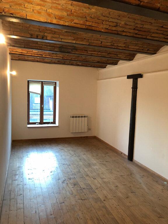 Appartement à louer 3 90m2 à Rumilly vignette-3