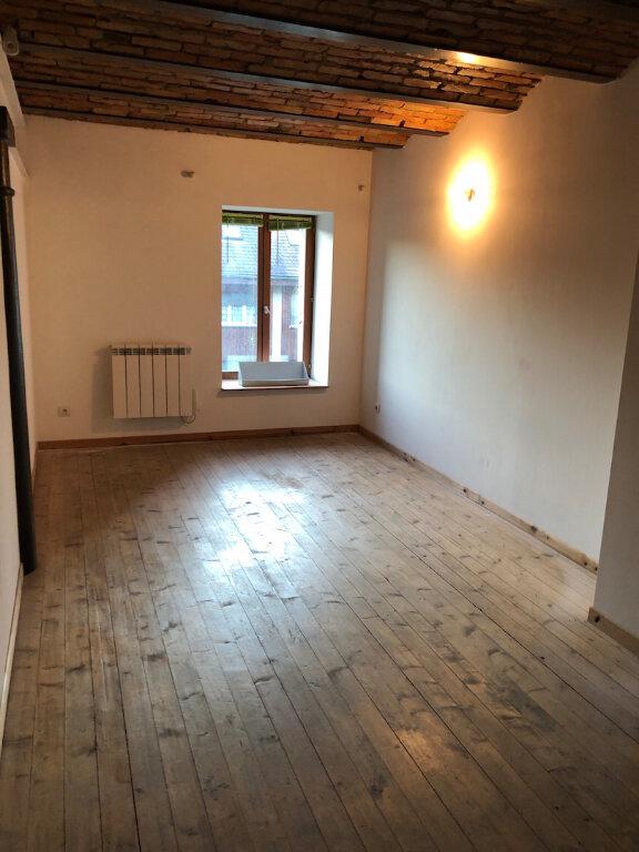 Appartement à louer 3 90m2 à Rumilly vignette-4