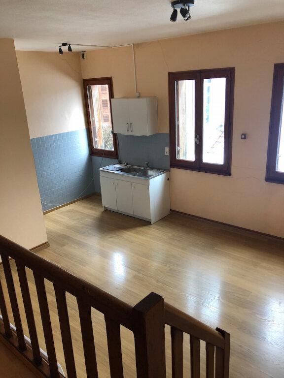Appartement à louer 2 54.01m2 à Rumilly vignette-2