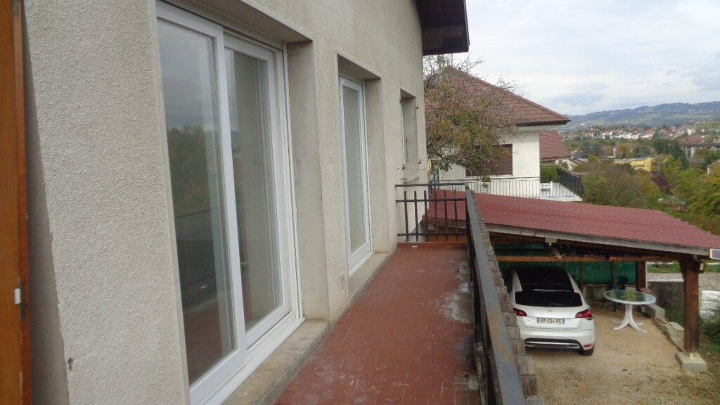 Appartement à louer 4 85m2 à Rumilly vignette-4