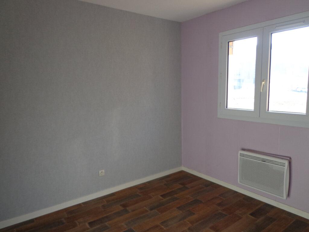 Appartement à louer 4 0m2 à Rumilly vignette-6