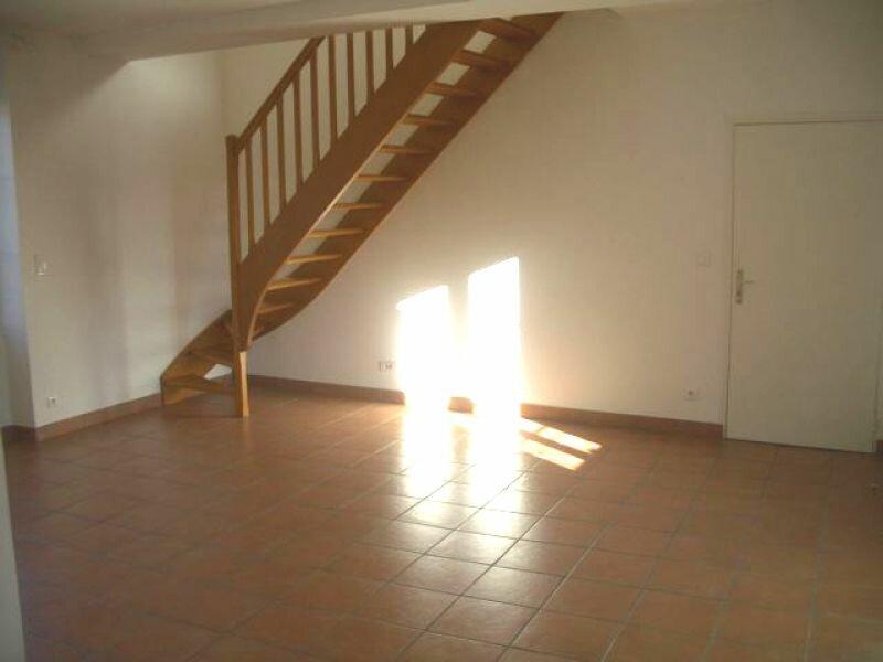 Appartement à louer 4 86.36m2 à Ecquevilly vignette-3
