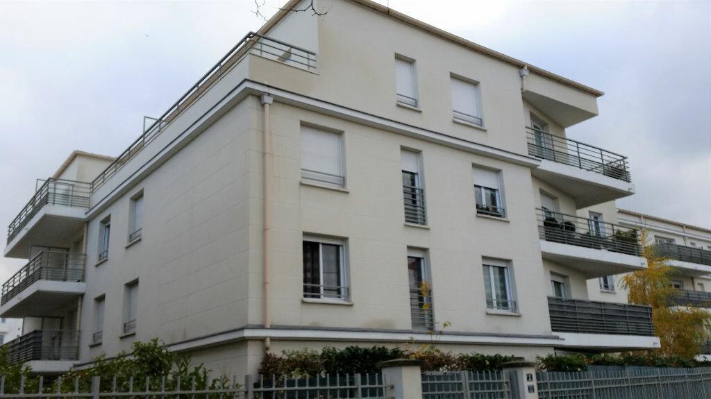 Appartement à louer 3 53.4m2 à Vernouillet vignette-1