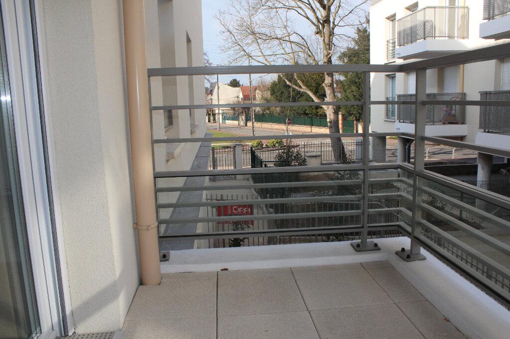 Appartement à louer 3 53.4m2 à Vernouillet vignette-3