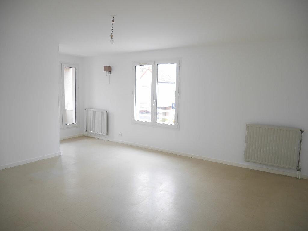 Appartement à louer 4 81.18m2 à Vernouillet vignette-1