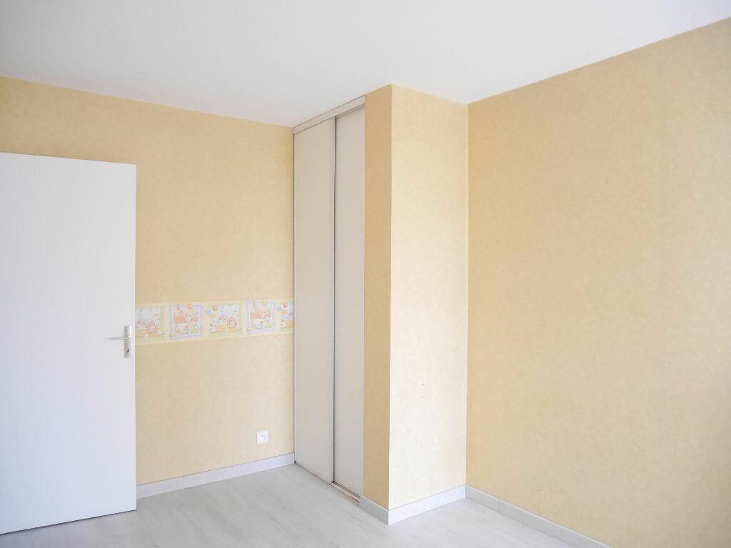 Appartement à louer 4 81.18m2 à Vernouillet vignette-4