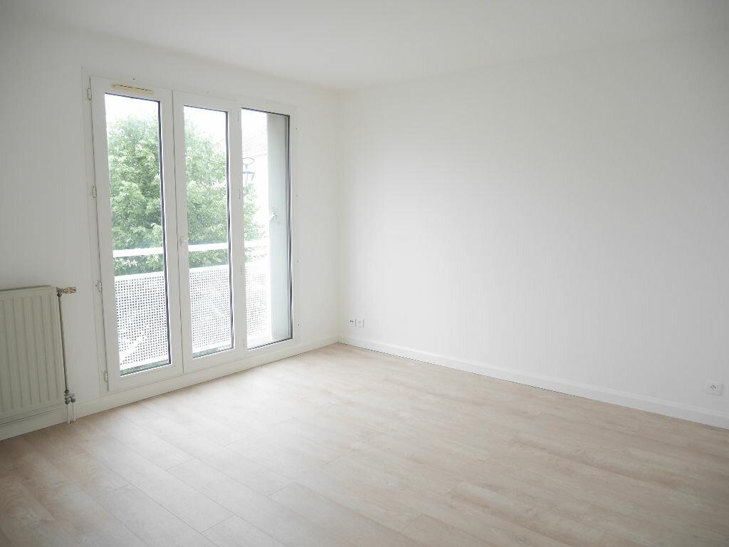 Appartement à louer 4 81.18m2 à Vernouillet vignette-5