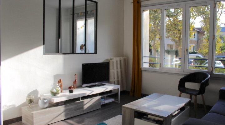 Appartement à vendre 3 53.37m2 à Saint-Germain-en-Laye vignette-4