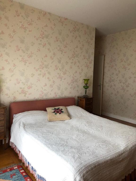 Appartement à louer 5 140m2 à Saint-Germain-en-Laye vignette-10