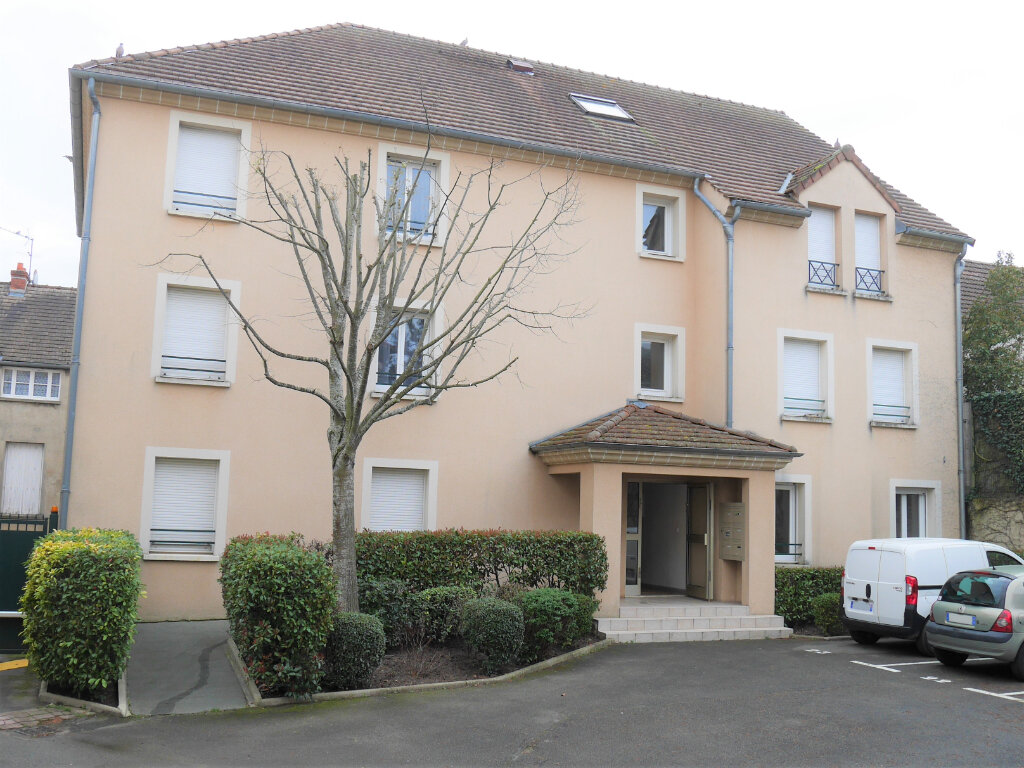 Appartement à louer 4 73.5m2 à Ecquevilly vignette-1
