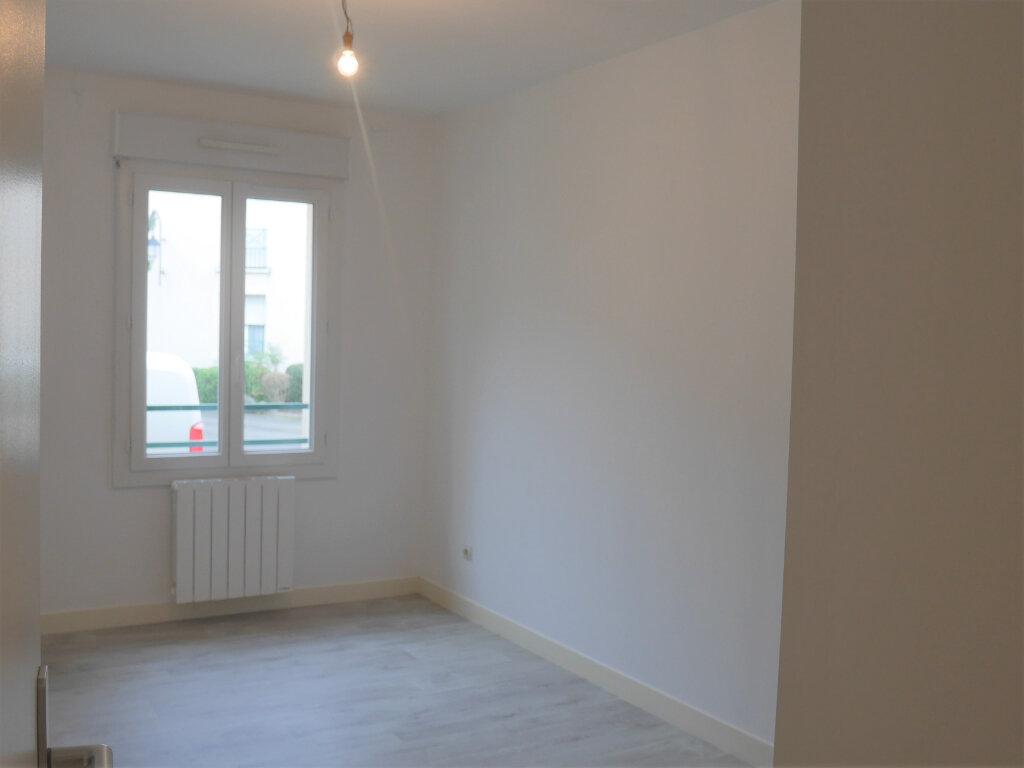 Appartement à louer 4 73.5m2 à Ecquevilly vignette-6