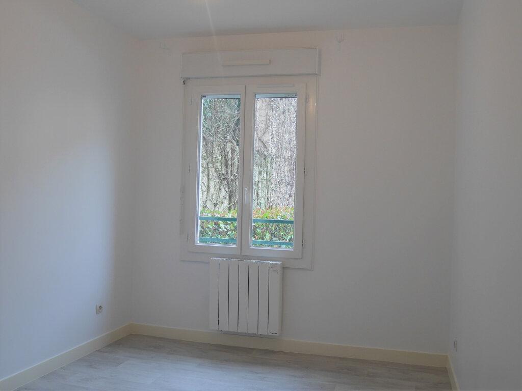 Appartement à louer 4 73.5m2 à Ecquevilly vignette-7