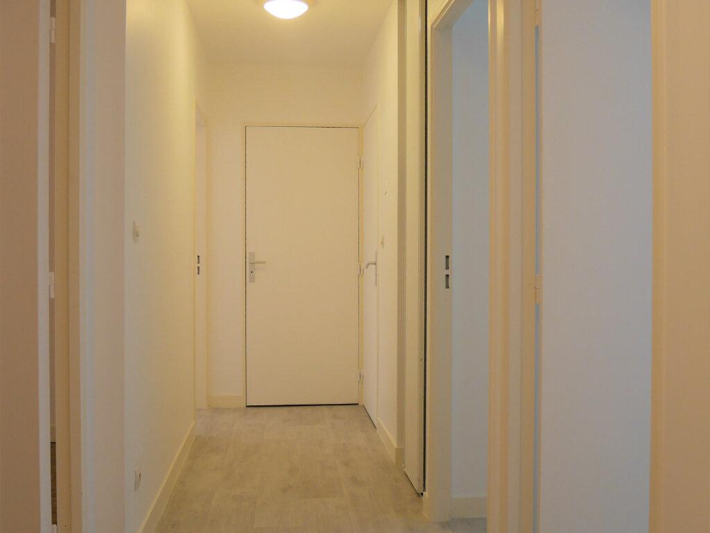 Appartement à louer 4 73.5m2 à Ecquevilly vignette-11