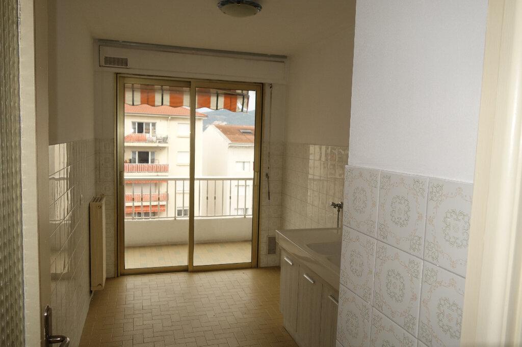 Appartement à louer 1 30.95m2 à Cannes vignette-2