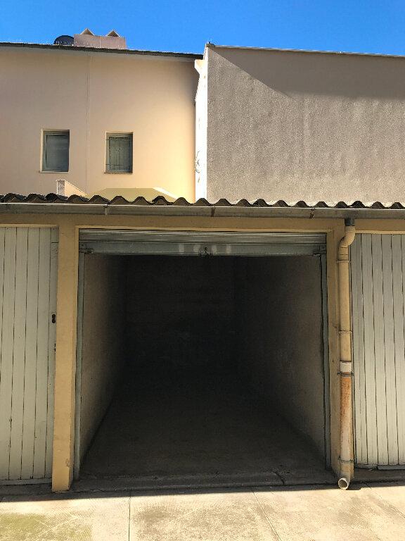 Stationnement à louer 0 12m2 à Cannes vignette-1