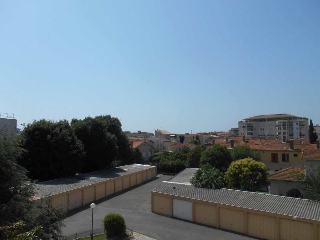 Appartement à louer 3 55.11m2 à Cannes vignette-2