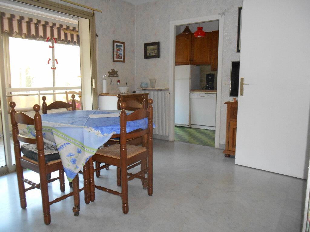 Appartement à louer 1 31.03m2 à Mandelieu-la-Napoule vignette-2