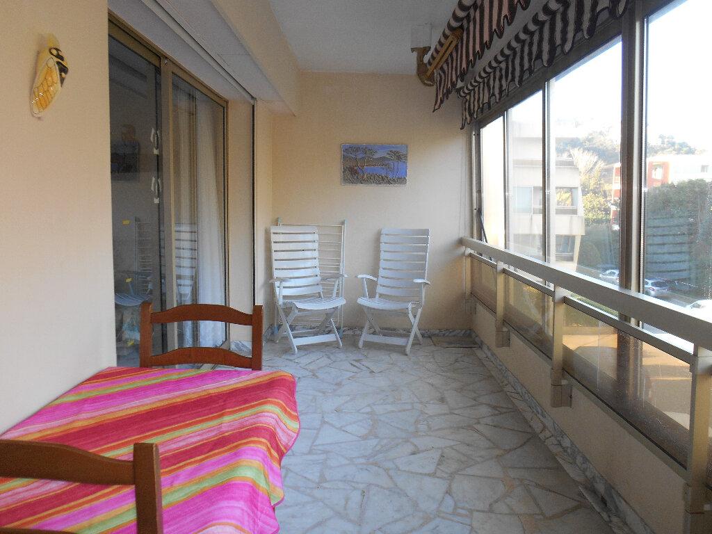 Appartement à louer 1 31.03m2 à Mandelieu-la-Napoule vignette-3