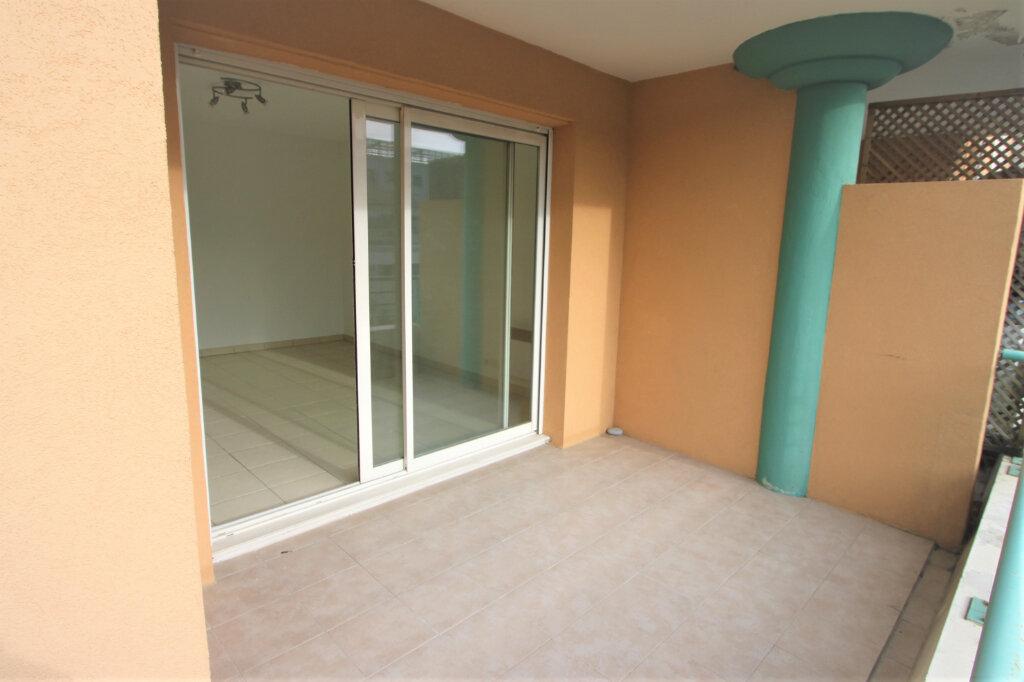 Appartement à louer 2 42m2 à Pégomas vignette-4
