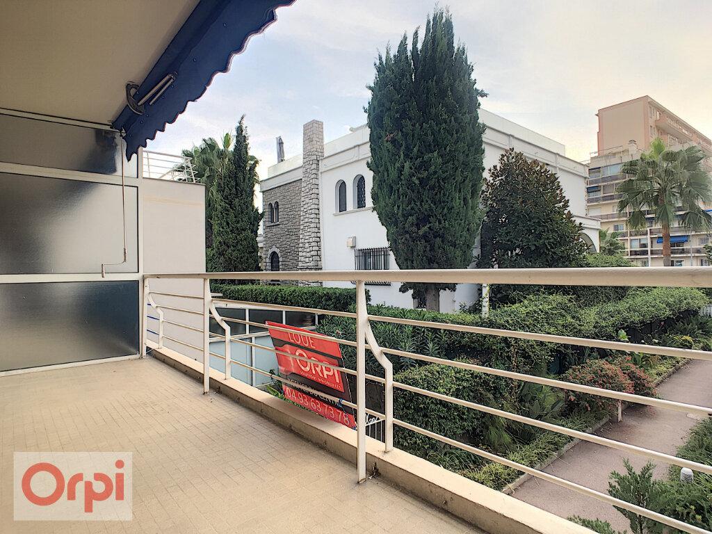 Appartement à louer 1 32.15m2 à Golfe Juan - Vallauris vignette-5