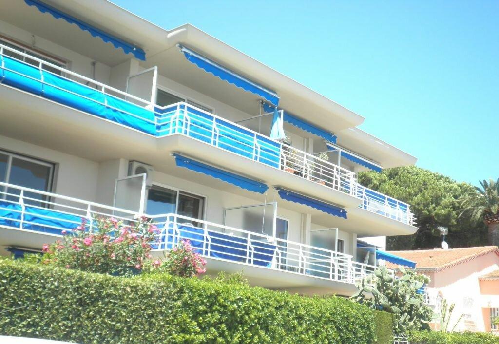 Appartement à louer 1 32.15m2 à Golfe Juan - Vallauris vignette-7