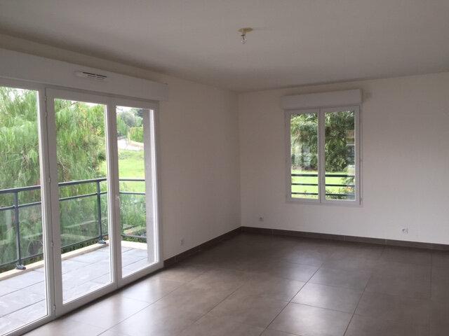 Appartement à louer 4 79.52m2 à Golfe Juan - Vallauris vignette-3
