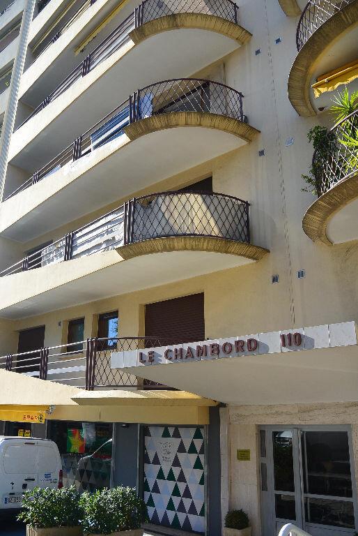 Appartement à louer 2 49.54m2 à Le Cannet vignette-5