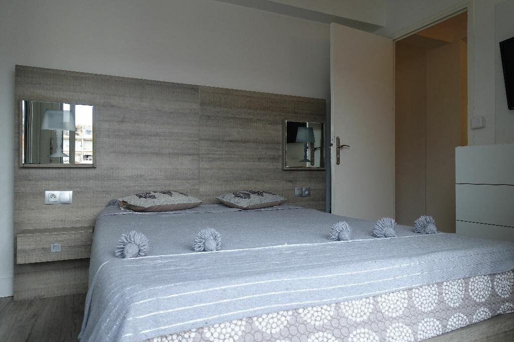 Appartement à louer 2 40.16m2 à Golfe Juan - Vallauris vignette-1