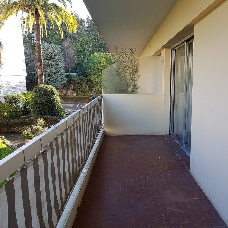 Appartement à vendre 1 15.93m2 à Cannes vignette-2