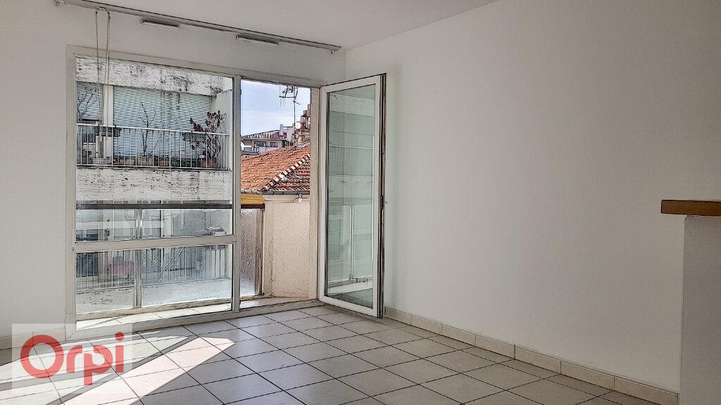 Appartement à louer 2 36.5m2 à Cannes vignette-3