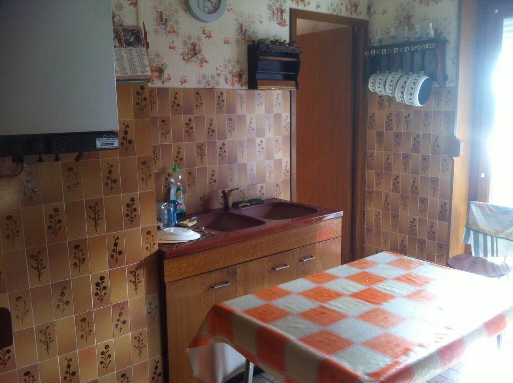 Maison à vendre 4 78m2 à Origny-Sainte-Benoite vignette-2