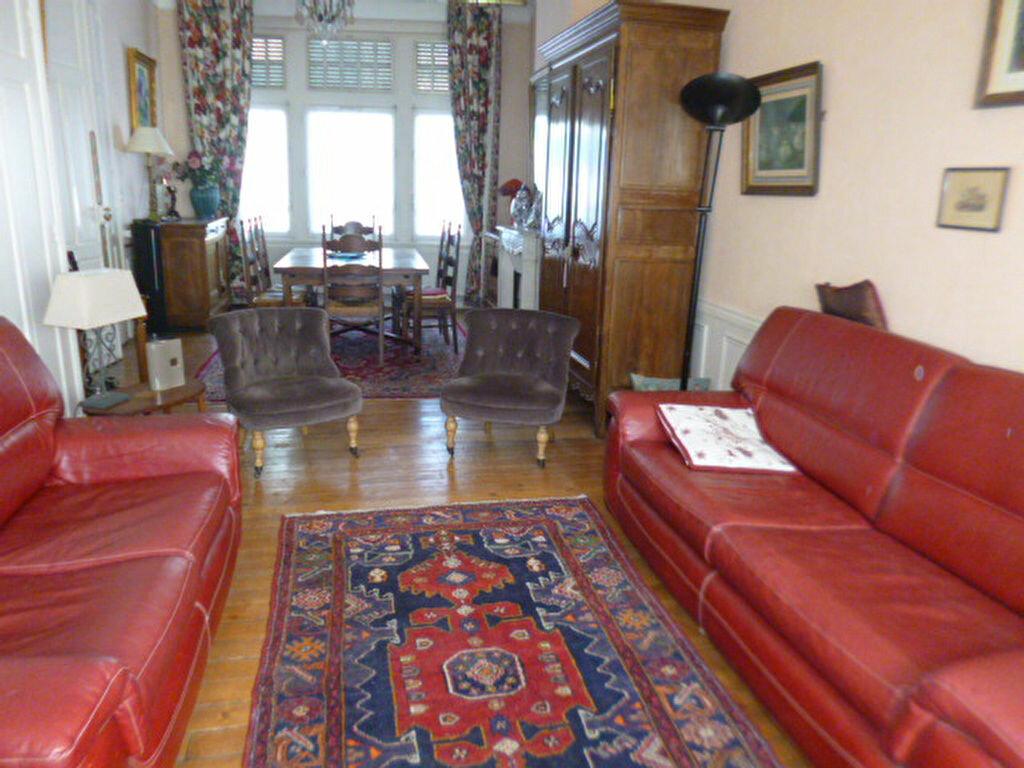 Maison à vendre 6 153m2 à Saint-Quentin vignette-4
