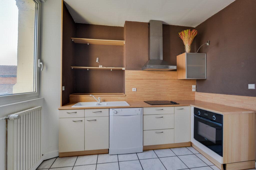 Appartement à vendre 6 114m2 à Chauny vignette-6