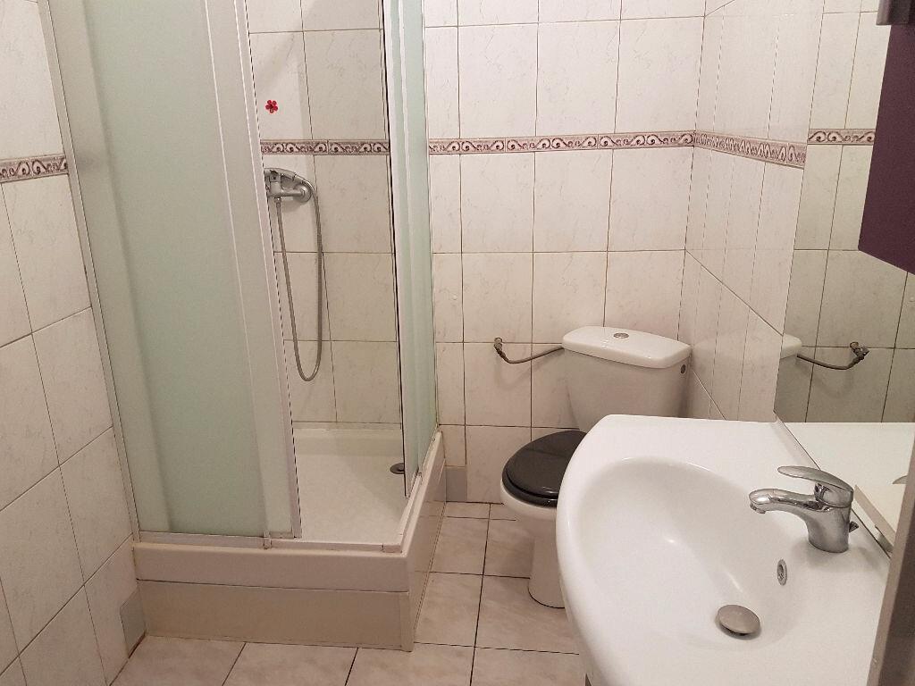 Appartement à louer 3 54m2 à Chauny vignette-6