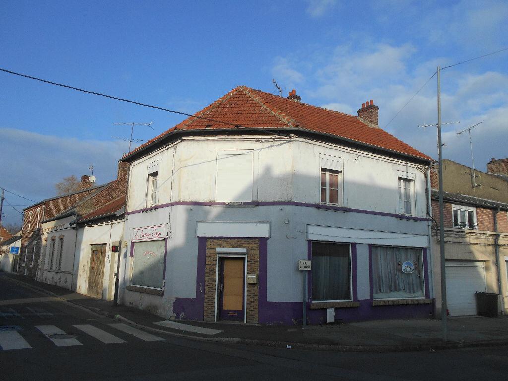 Maison à vendre 7 160m2 à Chauny vignette-1
