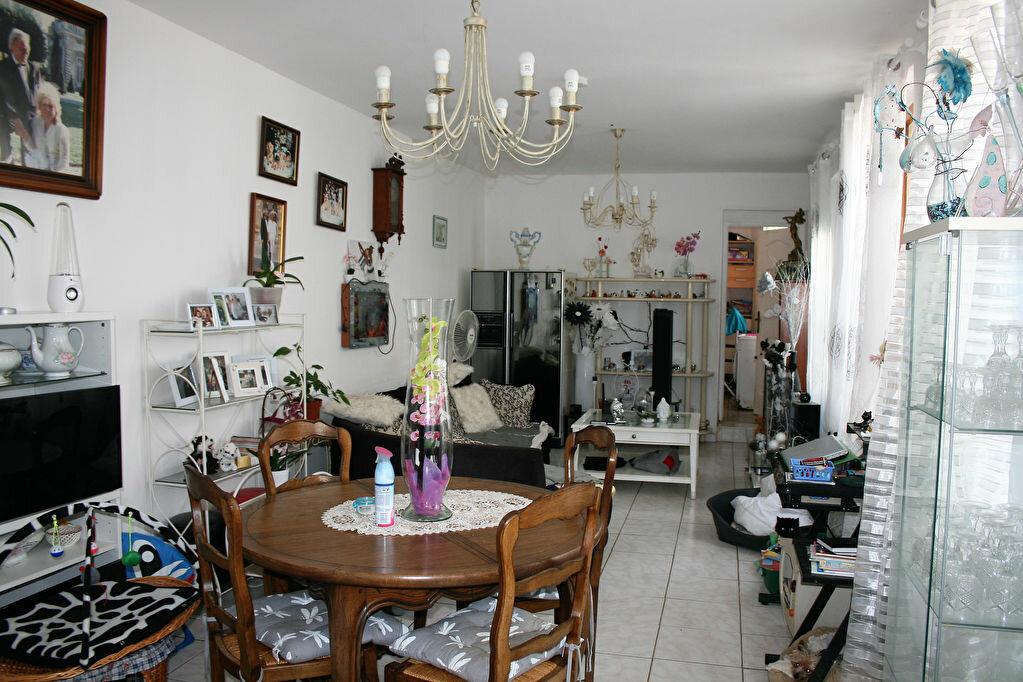 Maison à vendre 6 122m2 à La Fère vignette-2