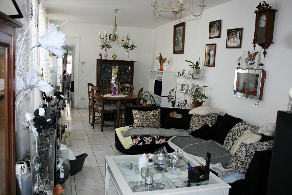 Maison à vendre 6 122m2 à La Fère vignette-8