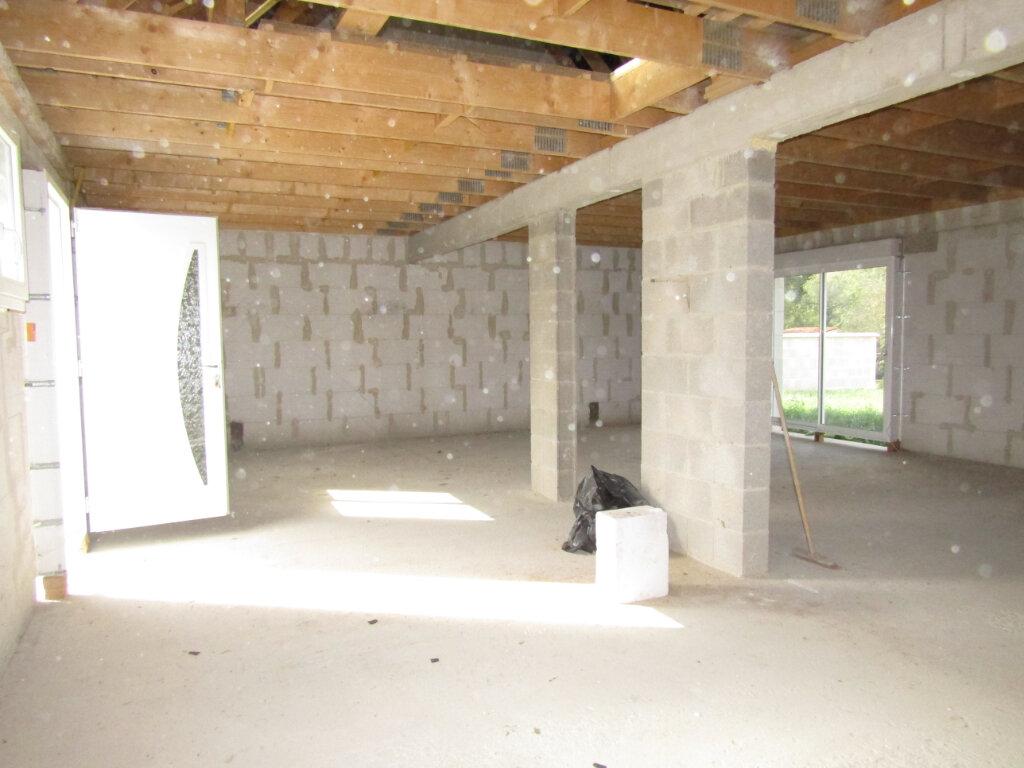 Maison à vendre 4 108m2 à Saint-Gobain vignette-6