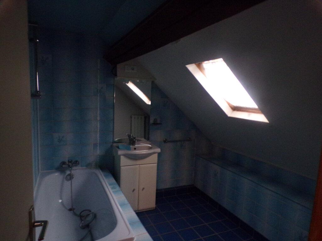 Maison à vendre 4 95m2 à Crécy-au-Mont vignette-4