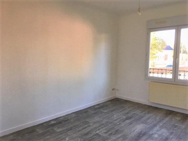 Appartement à louer 2 41m2 à Tergnier vignette-2
