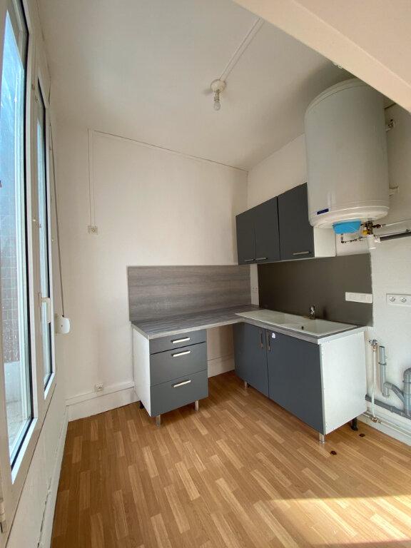 Appartement à louer 2 38m2 à Chauny vignette-1